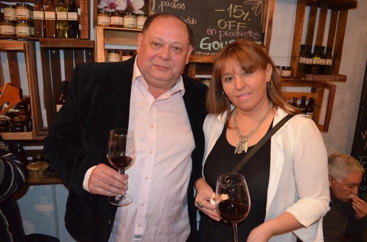 20-Claudio Rodríguez y su sobrina Claudia Amado