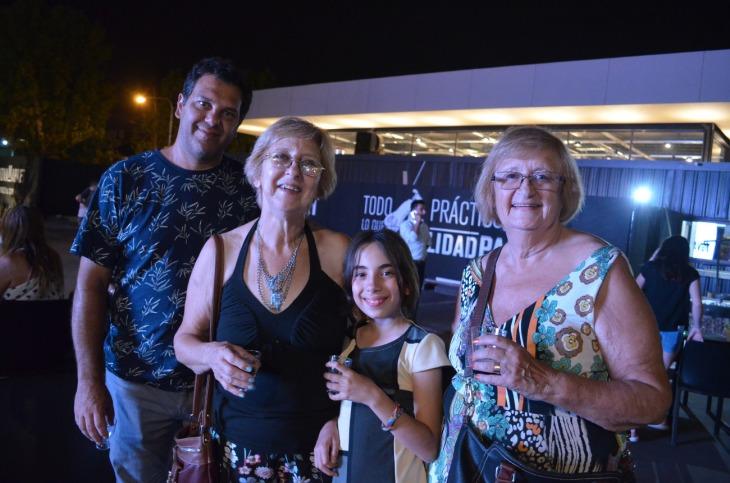 Daniel, Blanca, Lola y Margarita