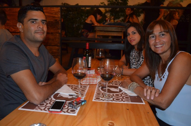 Facundo Alaniz Romina Irisarri y Andrea Buzzaqui