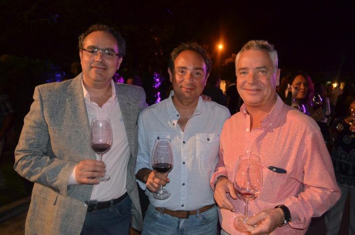 Marcelo y Pedro Caggiano junto a Miguel Cantó