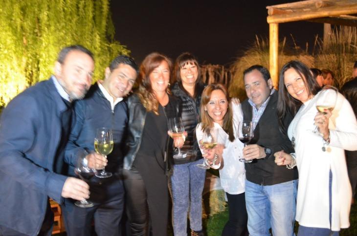 Pablo Navazo, Raul Reynoso, Griselda Navazo, Diana Yaser, Silvia Tovar, Eduardo Godoy y Monica Simois